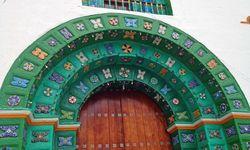 Decorative doorway, Oaxaca