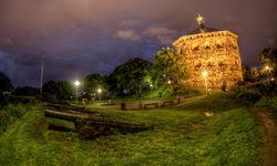 Skansen Kronan by Night
