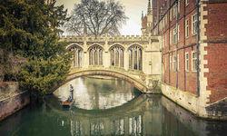 An image of the Bridge of Sigh, Cambridge