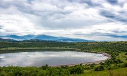 lake view queen elizabeth national park