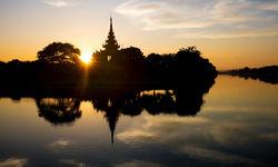 Mandalay Palace at sunset