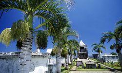 Churchyard on Reunion Island