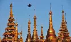 Yangon Shwedagon turrets and sky