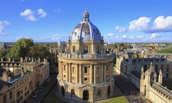 An image of the Bodleian Library, Oxford