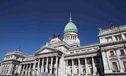 Building Argentina