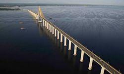 Bridge into Manaus