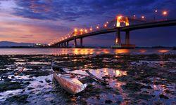 Mactan bridge at night