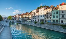 Ljubljana River houses