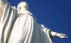 Statue on San Cristobal Hill