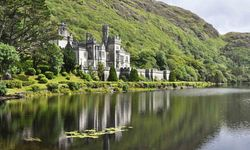 A picture of Kylemore Abbey, Connemara
