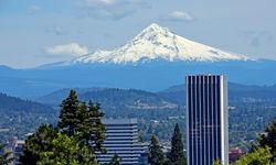 Portland skyline with mountain backdrop