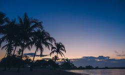 Beach at sun set