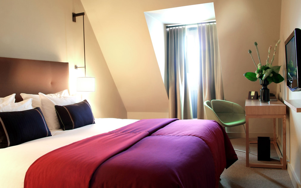 hotel bel ami luxury hotel paris original travel. Black Bedroom Furniture Sets. Home Design Ideas