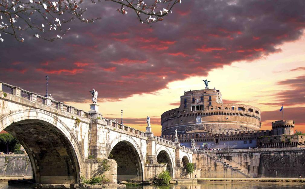 Luxury holidays rome visit the world greatest historical for Luxury holidays worldwide