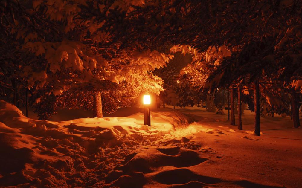 luxury holidays lapland northern lights sledding more. Black Bedroom Furniture Sets. Home Design Ideas