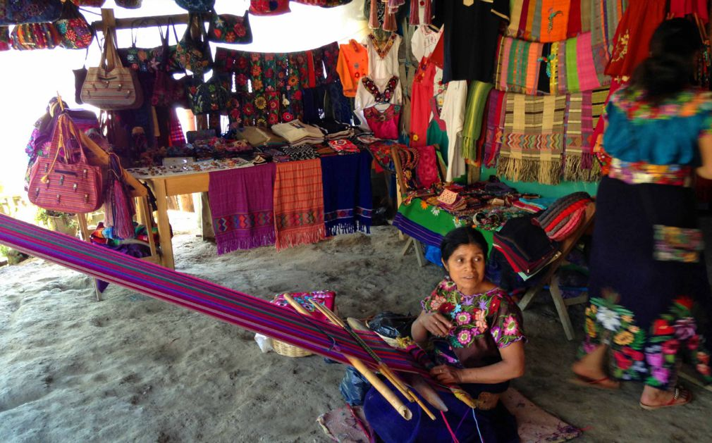 Luxury holidays oaxaca chiapas mayan ruins arts more for Oaxaca mexico arts and crafts