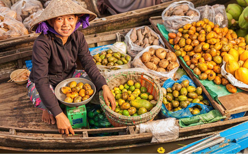 Картинки по запросу mekong delta fruit market
