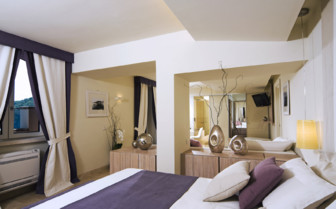 Suite at Mezzatorre Resort & Spa, luxury hotel in Italy