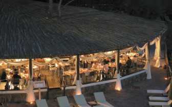 Restaurant at night at Mezzatorre Resort & Spa