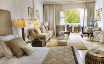 The junior suite at Hotel Puente Romano, luxury hotel in Spain