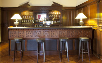 Bar area at Villa Soro, luxury hotel in Spain