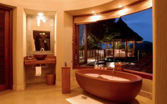 The Bush Villa bathroom at Thanda Private Game Reserve