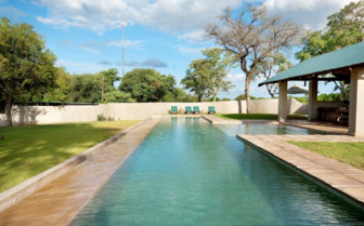 The swimming pool at Nottens Bush Camp