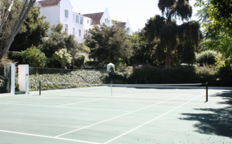 The tennis court at The Cellars- Hohenort hotel