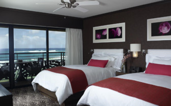 Twin bedroom at Koa Kea, luxury hotel in Hawaii