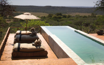 The swimming pool at Phinda hotel