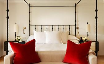 Deluxe bedroom at Marbella Club hotel