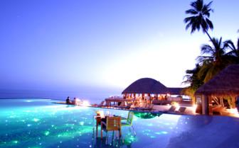 Spectacular dining at Huvafen Fushi, luxury hotel in the Maldives