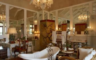 Luxury bathroom at La Residence hotel