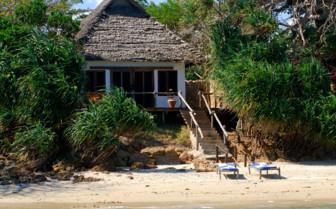 Suite exterior at Fumba Beach Lodge