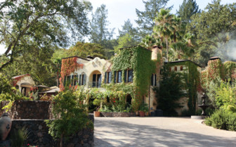 The exterior at Kenwood Inn, luxury hotel in Napa & Sonoma Valley