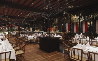The restaurant at Kandalama, luxury hotel in Sri Lanka