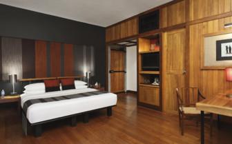 Double bedroom at Kandalama hotel