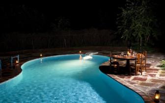 The swimming pool at Fortsynth's Satpura