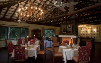 The restaurant at Samode Safari Lodge