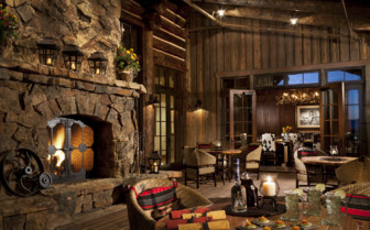 Eating and drinking at the fireplace