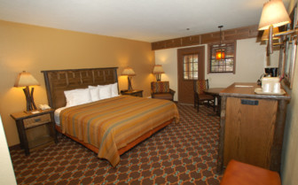 Double bedroom at Bryce Canyon Lodge