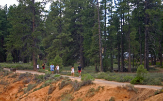 Hiking at Bryce Canyon Lodge
