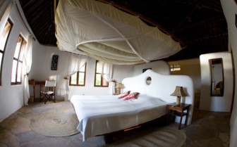 Large double bedroom at Tides Lodge