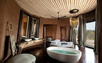 Large bathroom at Leobo Private Reserve, luxury safari camp in South Africa