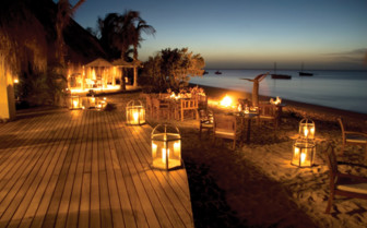 Picture of beach dining at Azura Benguerra