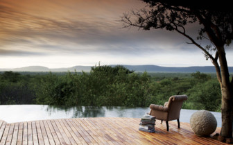 The poolside with landscape views at the lodge