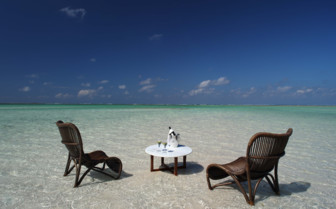 Drinks in the sea at Coral Lodge, Mozambique