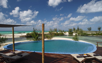 Picture of the pool at Coral Lodge, Mozambique