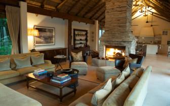 Lounge area at Lion Sands hotel
