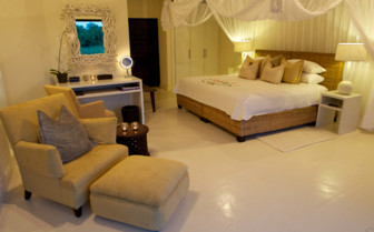 Luxury room at Lion Sands, luxury hotel in South Africa